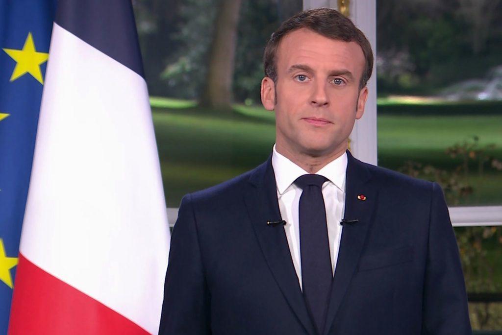 Covid, Francia: per Macron il picco è passato. Domani prime riaperture