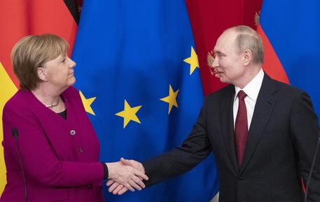 Sos vaccini, UE potrebbe chiedere aiuto alla Russia